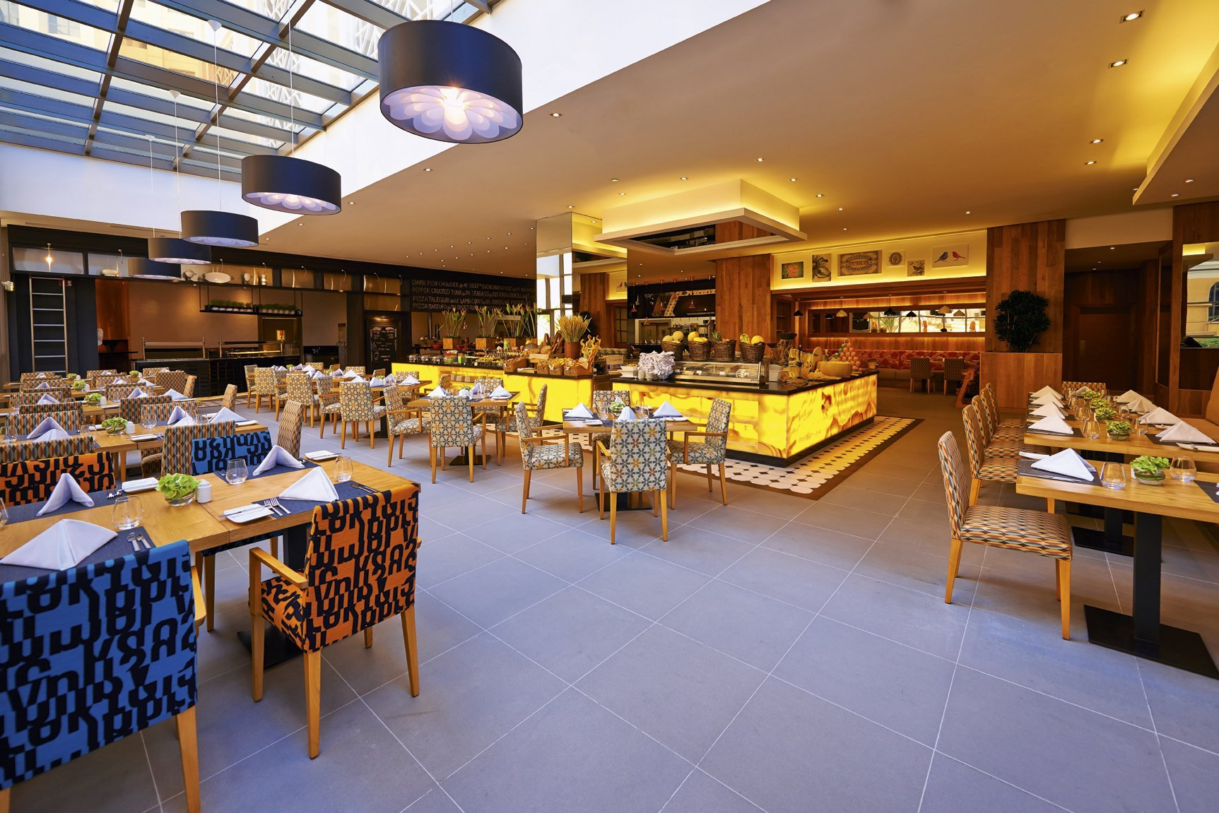 The Talk Restaurant at Mövenpick Hotel Jumeirah Beach